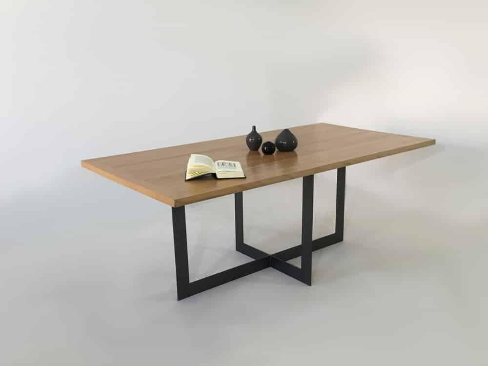 table repas de salle a manger en bois massif ancien et metal candel