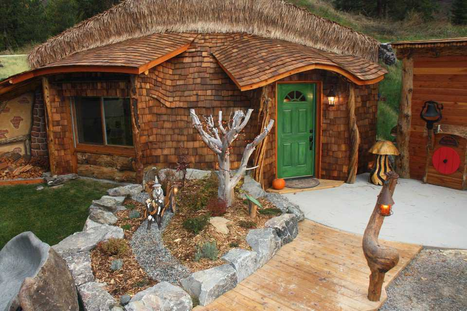 Hgtv To Feature Hobbit House Of Montana Monolithic Dome