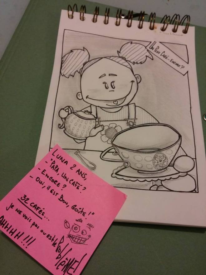 """Luna, 2ans """"-Papa, un café ? -Encore ? -Oui, il est bon, goûte !!"""" 32 Cafés ... Je ne vois pas où esT Le PrRblEME !!! AHHHHHHHHHHHHH !!! #viedepapa #dinette"""
