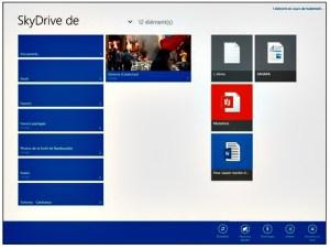 Les fichiers ajoutés à SkyDrive sont visibles à droite
