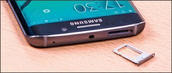 La-carte-nano-SIM-s'insère-téléphone-éteint