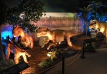 Predator Trap-Stegosaurus juvenile and pack of Allosaurus juvenile_1