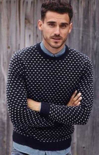 pull col rond motifs poids plus chemise