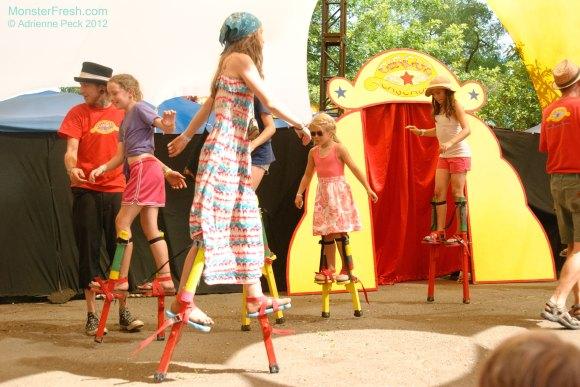 circus-stilts