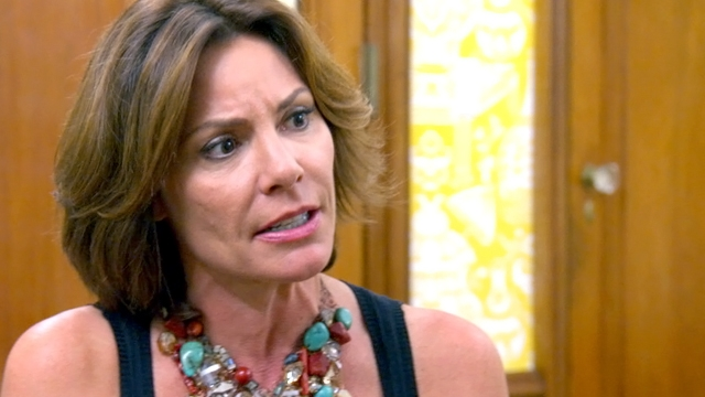 the-real-housewives-of-new-york-season-6-hero-luann-has-problems-with-aviva_0