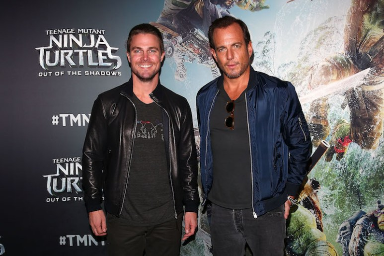 MELBOURNE, AUSTRALIA - MAY 30: Stephen Amell (L) and Will Arnett attend the Teenage Mutant Ninja Turtles: Out of the Shadows fan screening at Village Cinemas Jam Factory on May 30, 2016 in Melbourne, Australia. (Photo by Scott Barbour/Getty Images for Paramount Pictures) *** Local Caption *** Stephen Amell; Will Arnett