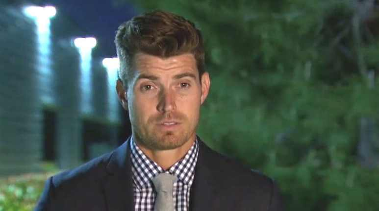 Luke reveals why he pulled JoJo aside on tonight's episode of The Bachelorette