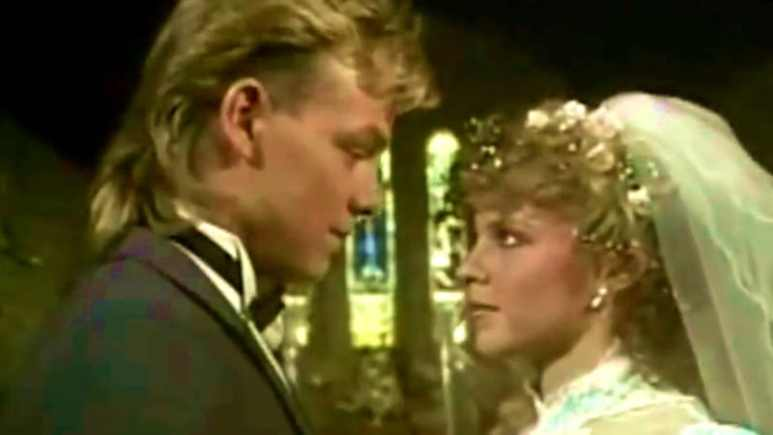 Jason Donovan and Kylie Minogue in Neighbour wedding scene