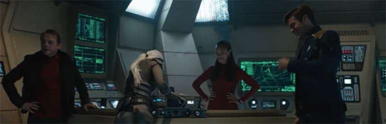 """Star Trek Beyond gag reel """"It's too short"""" says Sofia Boutella. """"That's not the first girl that's said that to me"""" quips Simon Pegg."""