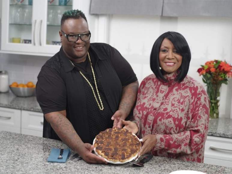 James and Patti holding a pie