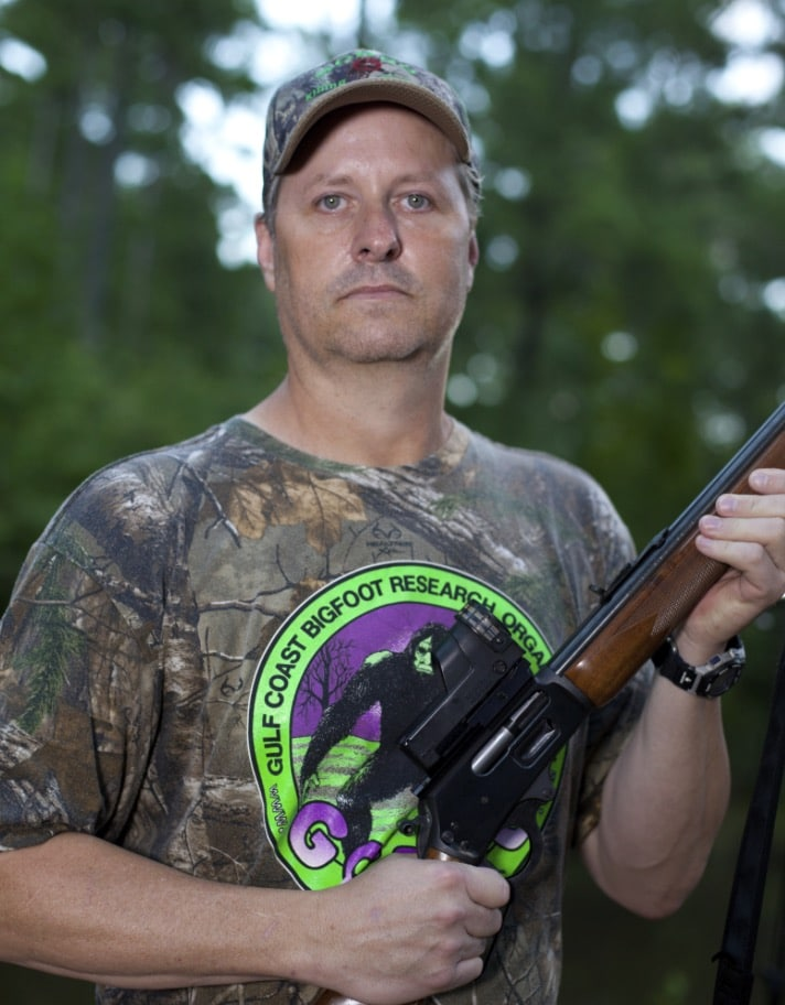 Bobby Hamilton saw a Bigfoot as a child and has been hunting for once since