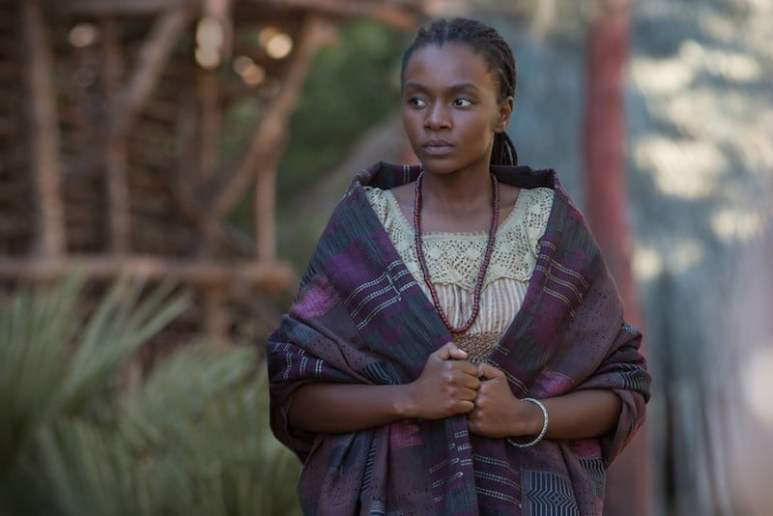 Zethu Dlomo in role as her character Madi in Black Sails on Starz