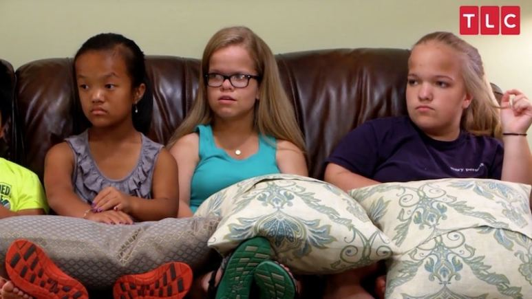 Emma, Anna and Elizabeth in the upcoming season of 7 Little Johnstons