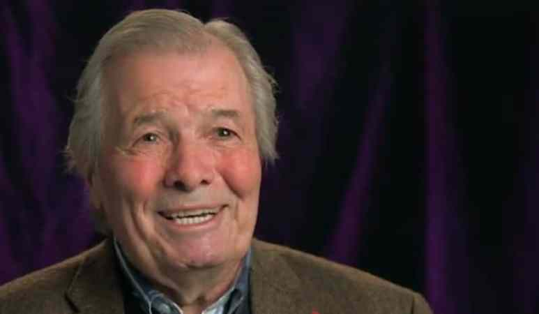 Jacques Pépin talking to the camera on American Masters: Chefs Flight