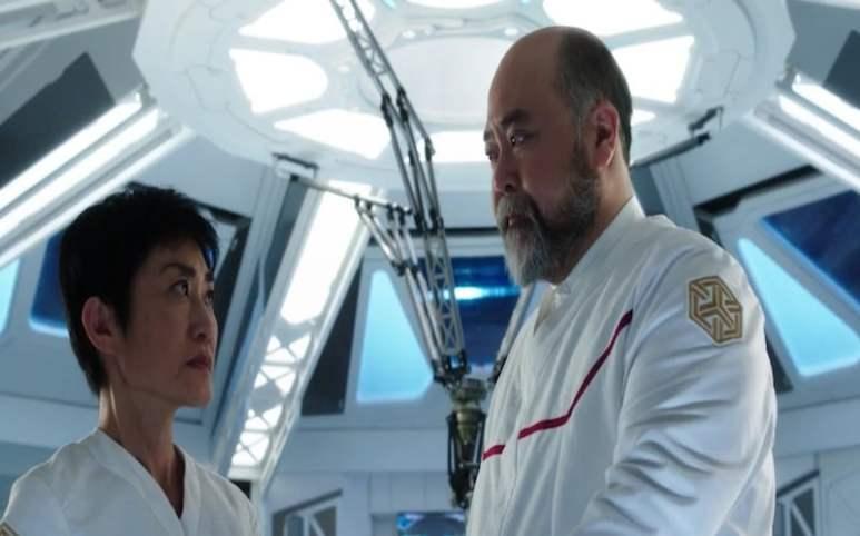 Two of Ishida's scientists talking