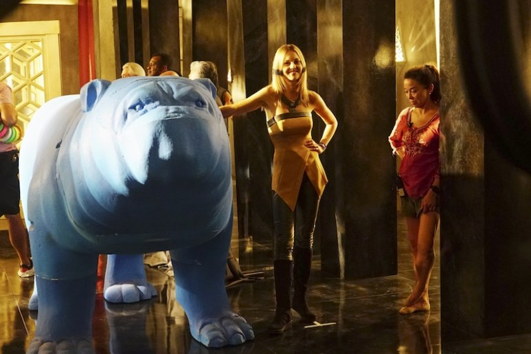 Isabelle Cornish and the blue 'stuffy' Lockjaw on set