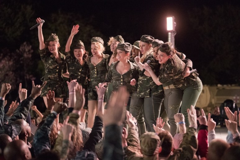 Pitch Perfect 3 action