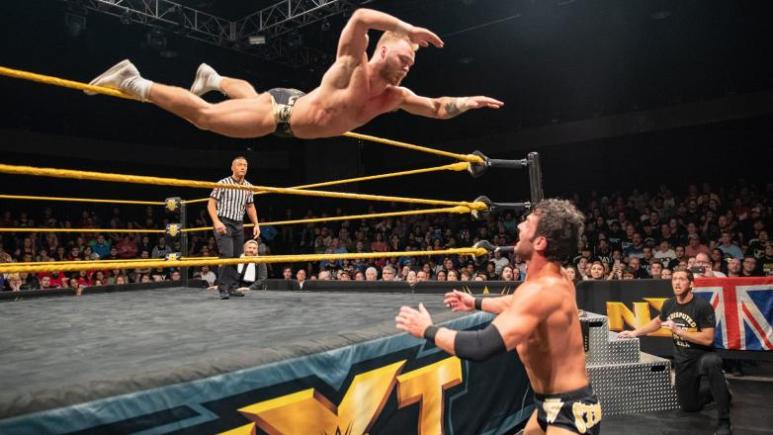 Tyler Bate vs Roderick Strong