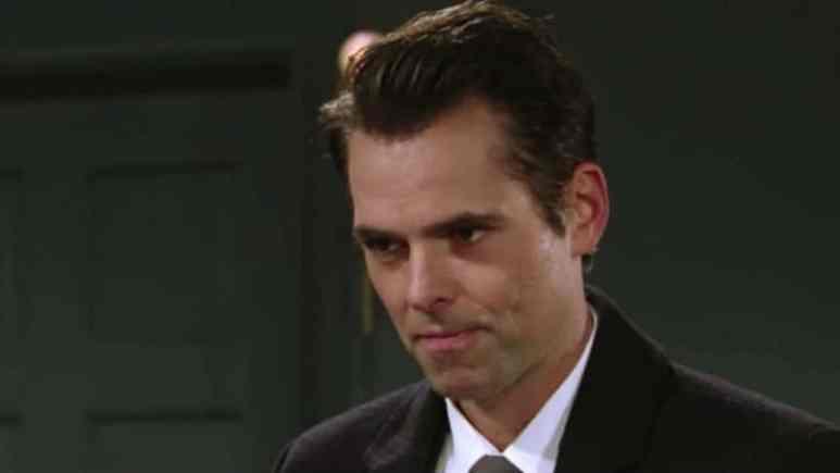 Jason Thompson as Billy Abbott