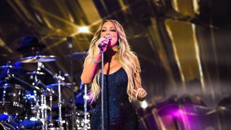 Mariah Carey singing