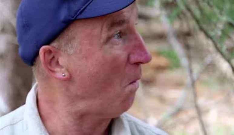 Gary Drayton having a 'bobby dazzler' moment on The Curse of Oak Island