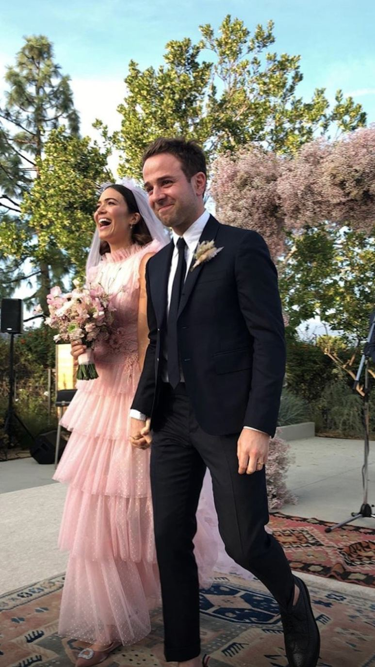 Full-length picture of Mandy Moore's pink wedding dress