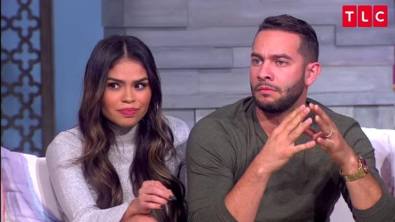 Fernanda Flores and Jonathan Rivera sit together at the Season 6 90 Day Fiance Tell-All