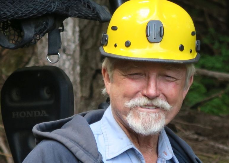 """""""Dakota Fred"""" Hurt smiling on the trail to McKinley, he knows gold awaits. Pic credit: Discovery."""