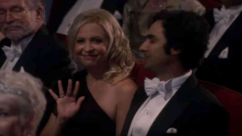 Sarah Michelle Gellar as part of The Big Bang Theory cast during series finale