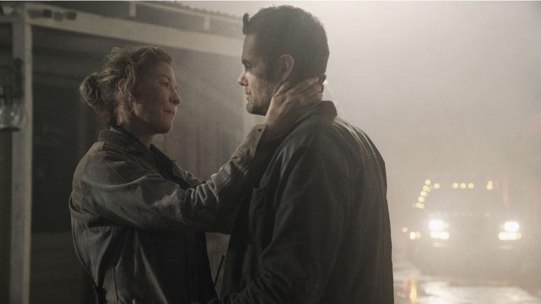 June and John getting tender on Fear the Walking Dead