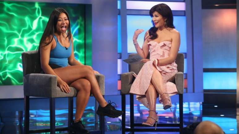 Julie And Bella On BB21