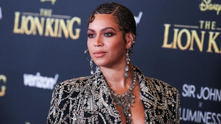 beyonce knowles at lion king world premiere in hollywood