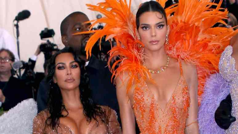 kim and kendall were at 2019 emmys to get laughed at by audience
