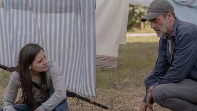 Cassady McClincy as Lydia and Jeffrey Dean Morgan as Negan