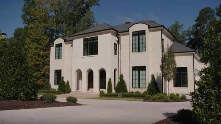 Toya Bush-Harris and husband Eugene'smansion