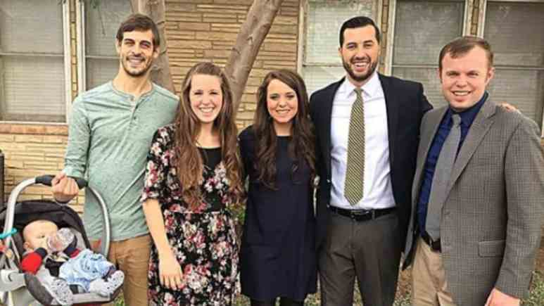 Jinger and Jill Duggar together with family.