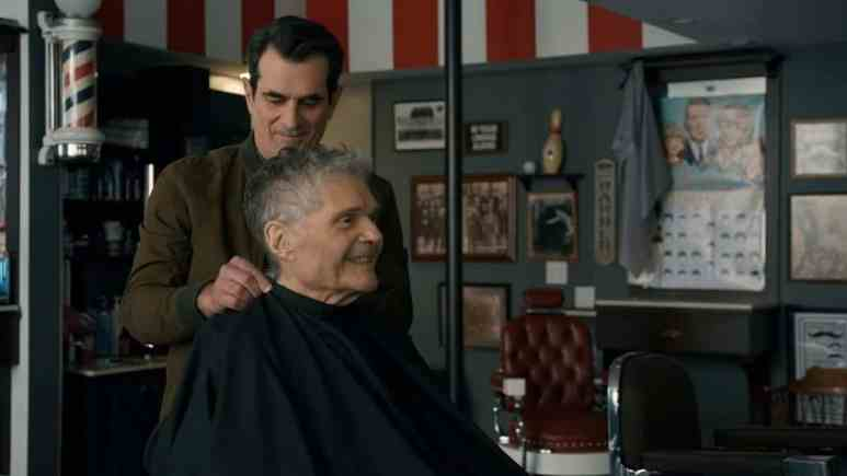 Fred Willard and Ty Burrell on Modern Family