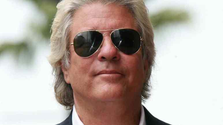 Jon Peters, Hollywood film producer