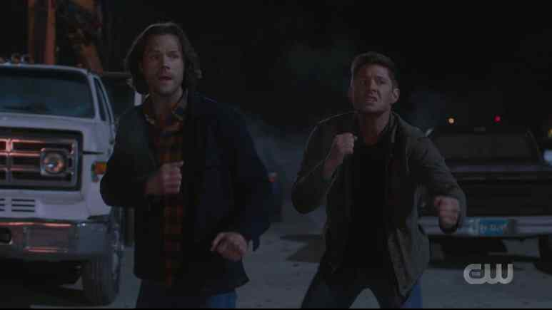 Sam and Dean prepare for a comedic fight. Pic credit: The CW