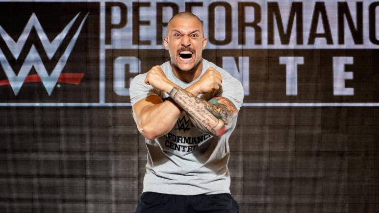 Killer Kross officially signs with WWE, reports to NXT