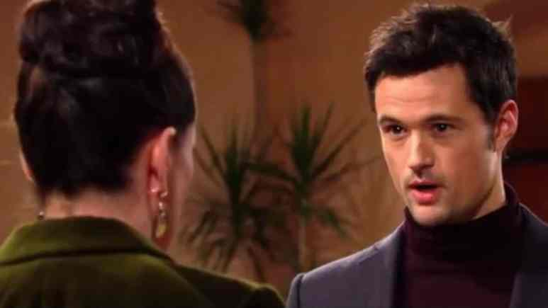 Rena Sofer and Matthew Atkinson as Quinn and Thomas on The Bold and the Beautiful.