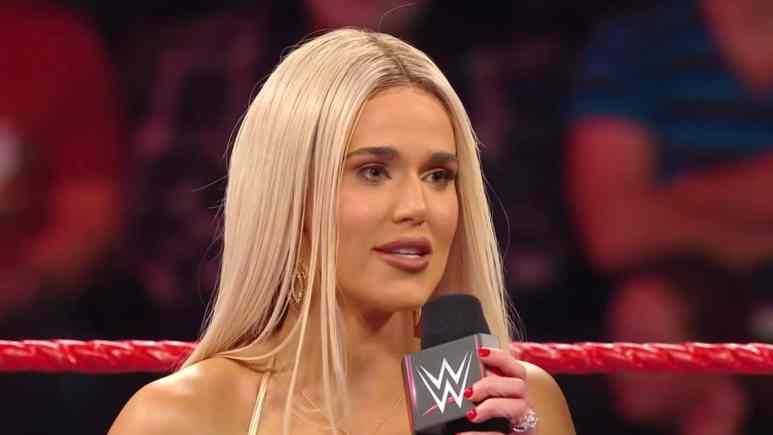 wwe star lana on raw