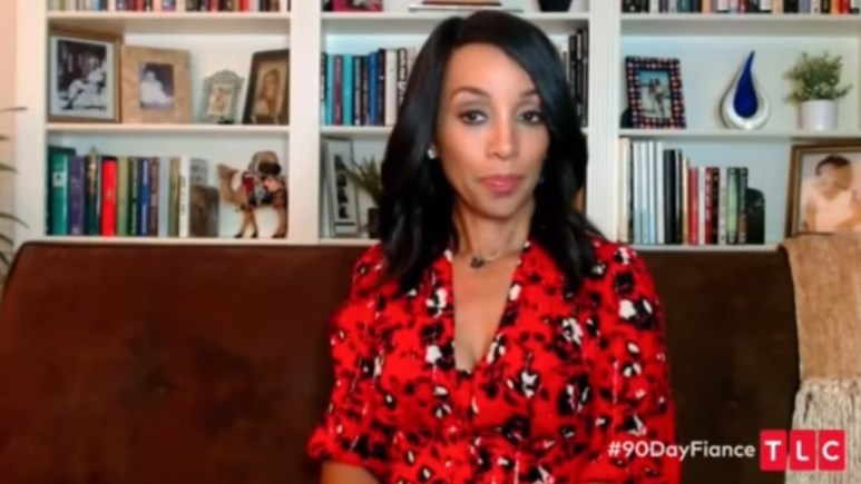 Host Shaun Robinson at the 90 Day Fiance: Before the 90 Days Tell All.