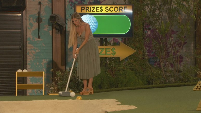 Dani Playing BB22 Golf