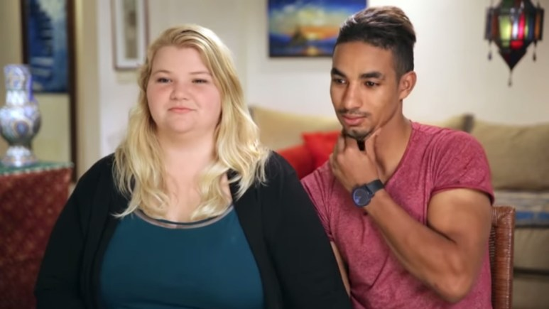 """Nicole and Azan immediately after Azan's """"55%"""" admission. Pic credit: TLC"""