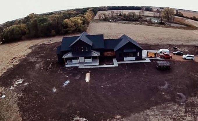 Chelsea and Cole DeBoer build new farmhouse in South Dakota