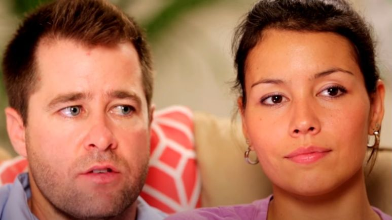 Justin and Evelyn from 90 Day Fiance in an early episode of the series