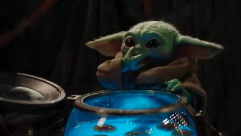 Baby Yoda eats the eggs