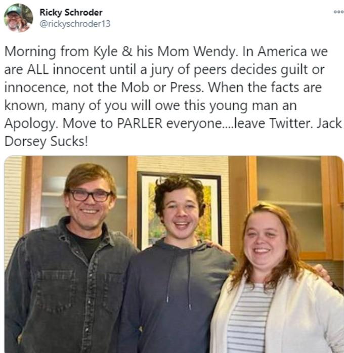 Ricky Schroder tweet support with Kyle Rittenhouse