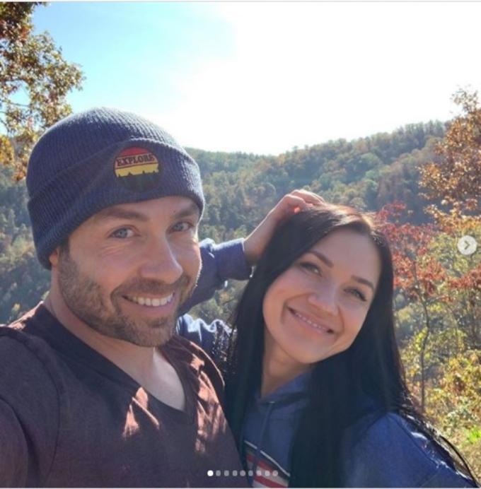 Varya Malina shares photos and videos of Geoffrey Paschel